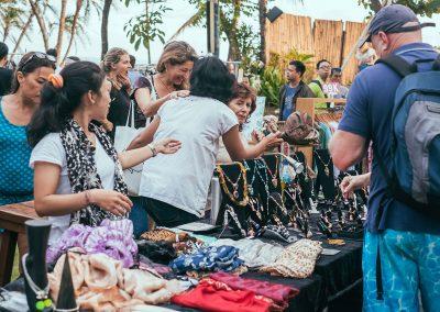 la-laguna-bali-sunday-market-vendors-guest-1