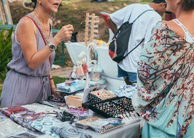 la-laguna-bali-sunday-market-vendors-guest-2
